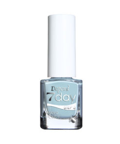 29807194-7day-Nail-Polish-Status-Queen